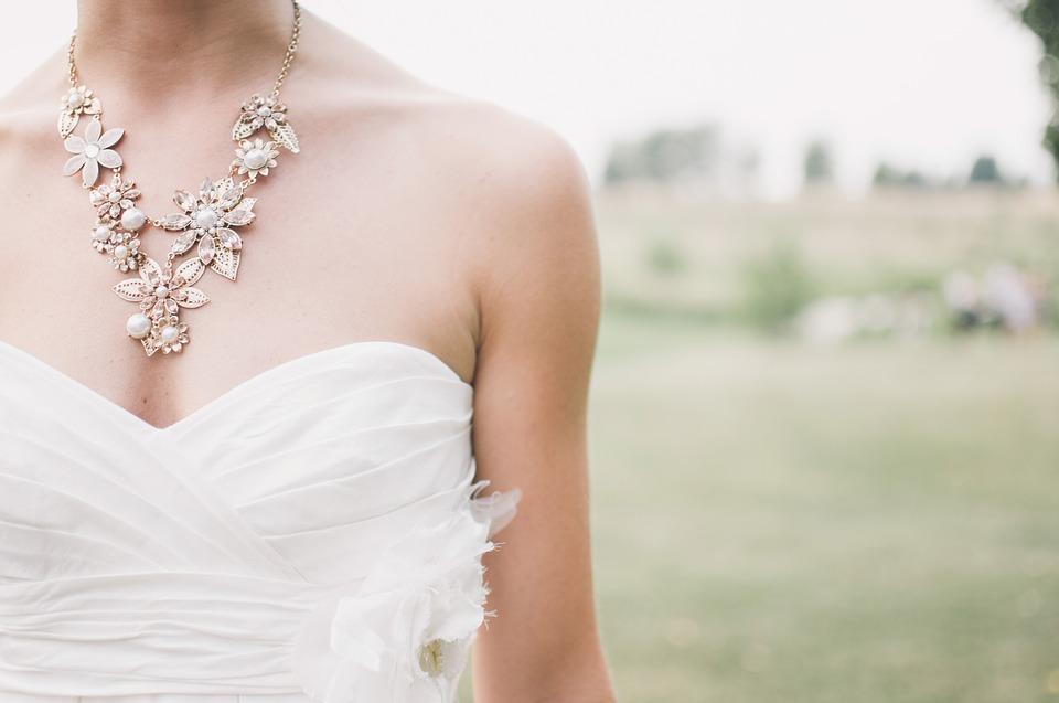 biżuteria ślubna - ważny dodatek