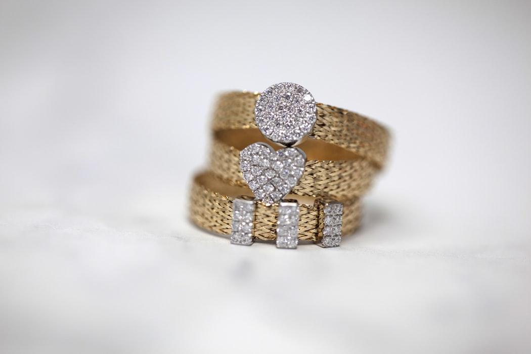 pierścionki złote tanie